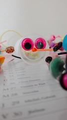 P'tite Chenille (Livia Coupat) Tags: yeux activitécréative plastique scoubidou