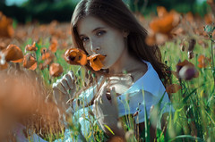 Francesca (Litvac Leonid) Tags: poppy flowers portrait beauty italy outdoor beautiful nikon model mood moody freckles daylight natural light freckled ll photography litvac leonid
