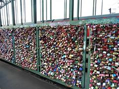 Love Locks in Cologne (Hannelore_B) Tags: köln cologne hohenzollernbrücke hohenzollernbridge lovelocks deutschland germany