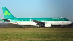 EI-DEF (AnDyMHoLdEn) Tags: aerlingus a320 egcc airport manchester manchesterairport 05l