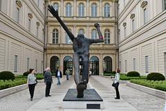 Jahrhundertschritt (Frank Guschmann) Tags: barberini museum potsdam skulptur frankguschmann nikond500 d500 nikon