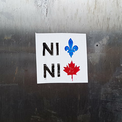 Ni Québec, ni Canada (Exile on Ontario St) Tags: montréal montreal villeray ni québec canada neither one sticker collant autocollant stickers stickerart québécois politique québécoise constitution politics canadian patriotisme patriotism nationalisme nationalism nini fleurdelis fleurdelys fleur de lis lys feuille érable maple leaf drapeau drapeaux quebec protest activism feuilledérable canadien canadienne mapleleaf political