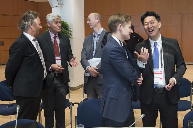 Maurice Geraets, Tim Macindoe, Paulius Martinkus and Mattias Landgren discussing