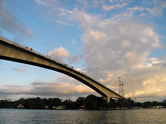 Puente del Lago de Izabal (Alveart) Tags: guatemala riodulce izabal izaballake golfete golfetedulce suramerica southamerica latinoamerica latinamerica centroamerica centralamerica alveartluisalveartguatemala