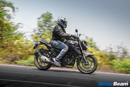 Yamaha-FZ25-15