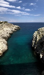Ponte Ciolo was amazing! 😍 #PonteCiolo #adriaticsea #amazing #bluesky #beautiful  #cweltonphotography #cliffjumping #cliffdiving #Italy #live #love #life #nofilter #nofilterneeded #robinsonclub #robinsonclubapulia #sky #sea #travel (Instagram: c_welton_photography) Tags: travel ponteciolo adriaticsea amazing bluesky beautiful cweltonphotography cliffjumping cliffdiving italy live love life nofilter nofilterneeded robinsonclub robinsonclubapulia sky sea