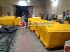 Kapasitas Kontainer Sampah 6 M3 (6000 Liter) dan 2 M2 (2000 Liter) (Ramdhani Jaya) Tags: kontainer sampah news bak cargo ukuran