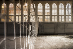 Don't dream of winning, train for it! (Marco Bontenbal (Pixanpictures.com)) Tags: nikon d750 tamron 1530 abandoned decay decayed hidden world volleyball windows natural light naturallight lost game dream photography old pixanpictures beautiful germany europe sport urbex urban ue urbanexploring forgotten
