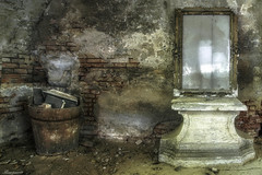 Old Mirror (flowerpower.1969) Tags: urbex urban exploration decay decayed verfallen verlassen forgotten old alt mirror spiegel hdr sony abandoned lost place places vergessen