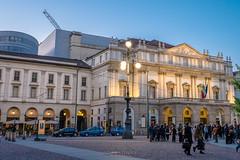 Teatro alla Scala (Stauromel) Tags: milan scala teatro opera scalademilan teatroallascala nocturna italia milano italy italie alquimiadigital arquitectura neoclasico stauromel skyline street fujixt2 fuji