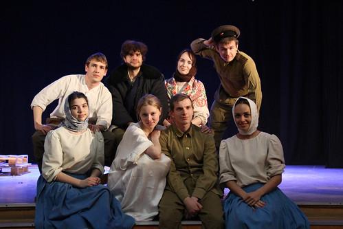 Молодежный театр Underground Одна абсолютно счастливая деревня (6)