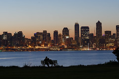 Seattle Sunday Morning (l.gallier) Tags: babyducks may2017 sunrise friends spaceneedle skyline desmoinesbeachpark seattle bob