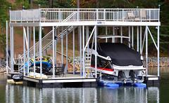 Single Slip, Upper Deck / Sundeck Docks