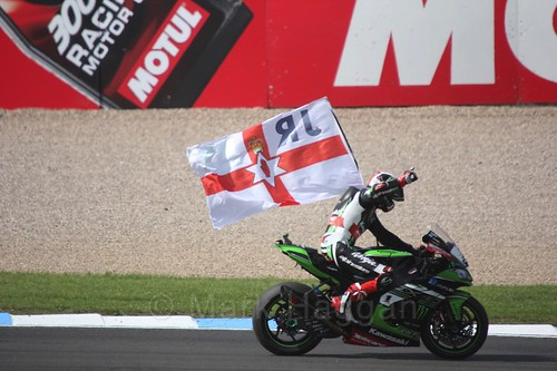 Jonathan Rea celebrates after winning the second World Superbike race at Donington Park, May 2017