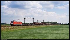 DB 189 028-4 @ Hulten (Steven De Haeck) Tags: hulten noordbrabant nederland brabantroute goederentrein fret güterzug baureihe189 siemens es64f4 deutschebahn db cargo unitcargo uc köln gremberg kijfhoek