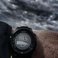 Bad weather is underway ☔ (Jos Mecklenfeld) Tags: weather weer regen rain wind barometer garminfenix2 clouds wolken hiking wandern wandelen outdoor sonyxperiaz5 xperia