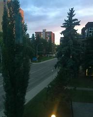 Made it to Edmonton! Btw, this photo was taken at 10pm. I'm legit going to bed while it's still light out. 😂 . . . #canada #homeland #yeg #edmonton #festivalcity #sunset # #wanderlust #digitalnomadgirls #digitalnomad (ClevrCat) Tags: ifttt instagram made it edmonton btw this photo was taken 10pm im legit going bed while its still light out 😂 canada homeland yeg festivalcity sunset wanderlust digitalnomadgirls digitalnomad