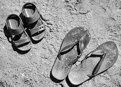 Happy Son's Day (allansoul) Tags: sandals sand dad love crocs kid father tsinelas children son