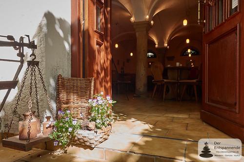 Eingang zu Kuhkapelle und Weingut Wilmshof, Selzen