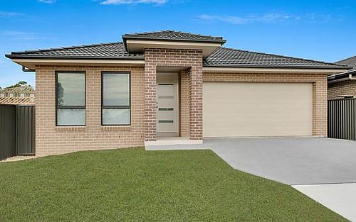 61 Sawsedge Av, Denham Court NSW 2565