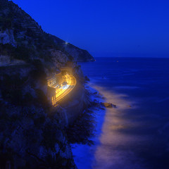 dream station (Sergey S Ponomarev) Tags: sergeyponomarev canon eos landscape paysage paesaggio manarola liguria italia italy 2017 may bluehour hdr highdynamicrange europe travel journey south mare notte night station glow waves zenit zenitar rocks stones blues сергейпономарев станция манарола лигурия италия европа пейзаж ночь море вода средиземноморье май свет зенит зенитар волны