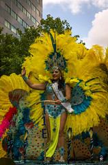 Summer Rotterdam 16 (@FTW FoToWillem) Tags: zomer zomer2016 zomercarnaval zomerkarnaval summer summer2016 summercarnaval rotterdam rotjeknor nederland netherlands holland hollanda holandes holande zweden zuidholland dutch colorful colores colors miss ftw fotowillem willemvernooy kvinde kvinna wanita nainen stelpa gadis girl woman meid babe womans ragazza noia pige knabino mujer female femme femeie kona kobieta portret portrait portreto pose people gal street streetportrait straatportret loira donna bonita
