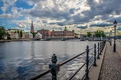 Stockholm (Aránzazu Vel) Tags: stockholm escandinavia estocolmo stoccolma sverige svezia suecia sunset urban city ciudad scandinavia nubes clouds