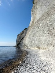 Wall of chalk (Jaedde & Sis) Tags: mønsklint chalk cliff wall steep challengefactorywinner unanimous thechallengefactory