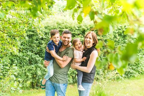 0604 Familieshoot Nieuw-Heeten Voortman Fotografie  (webformaat) (11)