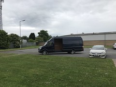 Mercedes Sprinter 316 CDI XLWB (Paul.Bevan) Tags: mercedesbenz dodge sprinter xlwb 316 cdi uk 2017 cavansiteblue courier lighthaulage delivery freight transport expressdelivery outdoors brabus superhighroof fridayafternoon rollstud hartlepool unloading sidedooropen grass