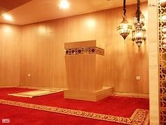 Mihrab (Detta Priyandika) Tags: surabaya tunjungan plaza muslim mushola islam shopping mall pusat kota prayer room