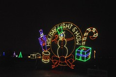 04 Holiday Light Show Sign (megatti) Tags: buckscounty christmas christmaslights pa pennsylvania shadybrookfarm snowman yardley