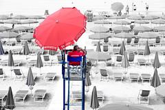 Lerici lifeguard (Massimiliano Grossi) Tags: lifeguard bagnino lerici guardiaspiaggia italy mare seaside cinqueterre fujixt1 fujinonxf1655mmf28rlmwr fujifilmxt1 xf1655 fujixf1655mm fujinon fujifilm laspezia baywatch rosso blu ombrelloni ombrellone spiaggia salvataggio