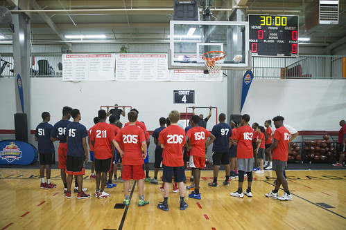 """170610_USMC_Basketball_Clinic.019 • <a style=""""font-size:0.8em;"""" href=""""http://www.flickr.com/photos/152979166@N07/35288663665/"""" target=""""_blank"""">View on Flickr</a>"""