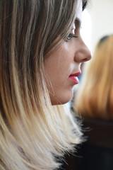 Profilo di donna - Woman's Profile. (sinetempore) Tags: profilodidonna womansprofile woman donna ragazza girl ritratto portrait viso volto face profilo profile ragazzabionda blondgirl