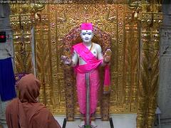 Ghanshyam Maharaj Mangla Darshan on Wed 31 May 2017 (bhujmandir) Tags: ghanshyam maharaj swaminarayan dev hari bhagvan bhagwan bhuj mandir temple daily darshan swami narayan mangla