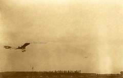 The DFG monoplane or Schultze-Herfort monoplane in flight [Germany, 1910] (Kees Kort Collection) Tags: 1910 dfg eindecker germany inflight johannisthal schultzeherfort monoplane