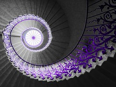 Tulip Staircase, Queen's House, London (eikonologos.images) Tags: greenwich london queenshouse inigojones architecture spiral staircase tulip tulipstaircase