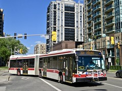 Toronto Transit Commission 9136 (YT | transport photography) Tags: ttc toronto transit commission nova bus lfs artic articulated
