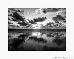 Beach (++Rob++) Tags: wijkaanzee beach strand sea zee clouds wolken zwartwit blackwhite