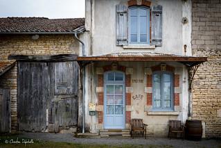 Ancien Café Epicerie dans le Maconnais (71)