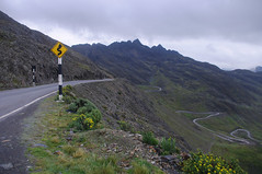 (SuzanneAlise) Tags: peru southamerica road street mountain mountains switchbacks switchback