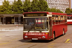 KELVIN CENTRAL 1303 L303VSU (bobbyblack51) Tags: kelvin central 1303 l303vsu volvo b10b58 alexander strider buchanan bus station glasgow 1995