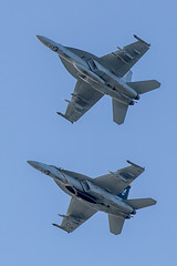 20170609-184157-Canon-EOS-6D-IMG_0591 (168493 + 168907) (Mandibela) Tags: kaivariairshow kaivari2017 kaivopuisto helsinki air show 20170609 09062017 myhelsinki kaivopuiston lentonäytös boeingfa18esuperhornet boeing fa18e superhornet boeingfa18fsuperhornet fa18f vfa103 airshow aerobatics
