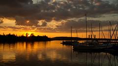 Lagovida (gutlaunefotos ☮) Tags: lagovida sonnenuntergang hafen wasser himmel spiegelung schiffe boot see störmtalersee