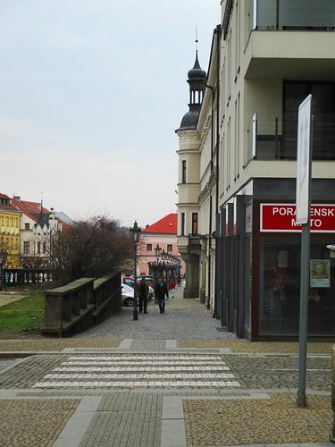 Křižovatka ulice Hradební s Reselovým náměstím