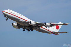 Japan Air Self-Defence Force (JASDF) --- Boeing 747-400 --- 20-1101 (Drinu C) Tags: adrianciliaphotography sony dsc rx10iii rx10 mk3 mla lmml plane aircraft aviation japanairselfdefenceforce jasdf boeing 747400 201101 747 military bizjet privatejet
