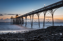 Clevedon Pier (PKpics1) Tags: clevedon pier seascape rocks water sea arches building sunset