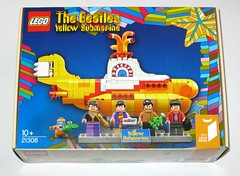 lego 21306 ideas the beatles yellow submarine 2016 misb a (tjparkside) Tags: lego 21306 ideas beatles yellow submarine 2016 misb paul mc cartney mccartney john lennon ringo star starr george harrison sub licensed jeremy hilary boob musical underwater 553 pc pieces 5 minifigure minifigures mini fig figs figure figures guitars drums bass sing singing sings vocal vocals rock pop aus aust australia apple