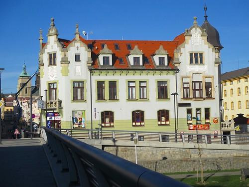 Budovy v ulici Dolní